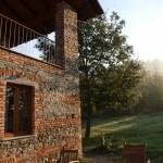 Das Casa al Tanaro im Morgendunst